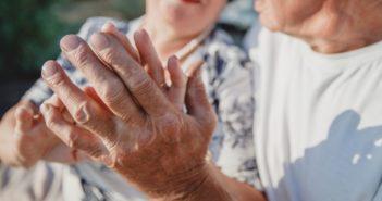 sostegno-progetti-anziani-salute-normativa